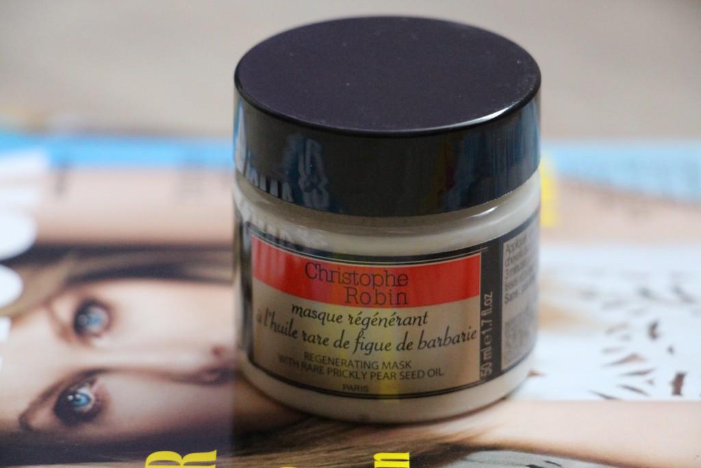 Die Rezensionen über die ätherischen Öle für das trockene Haar