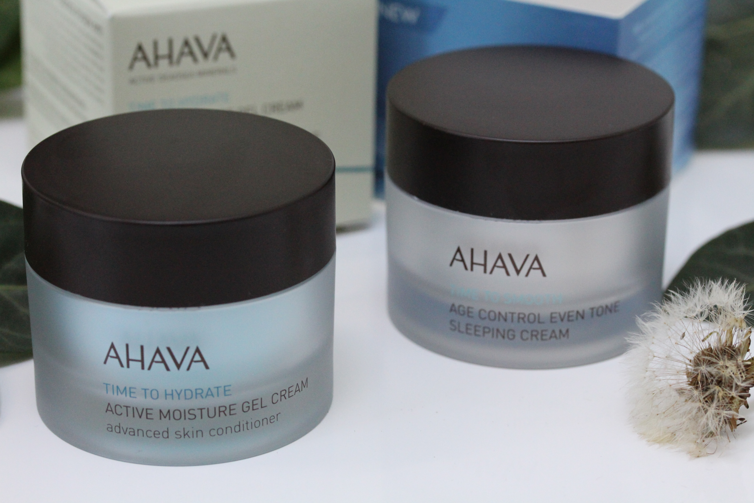 Pflege von AHAVA: Time to hydrate & Age Control