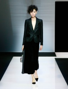 fswmi02.04fr-giorgio-armani-womenswear-fw16-17_-04-highres