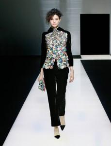 fswmi02.06fr-giorgio-armani-womenswear-fw16-17_-06-highres