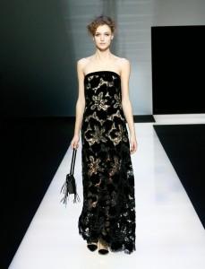 fswmi02.08fr-giorgio-armani-womenswear-fw16-17_-08-highres
