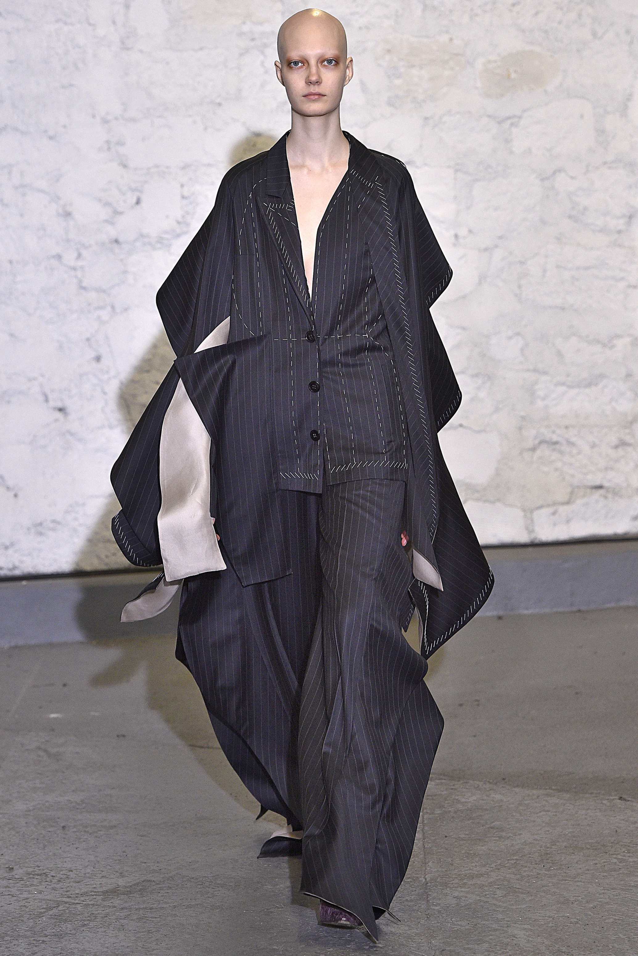 Fashion Week Paris Herbst-Winter 2016-2017: Anne Sofie Madsen