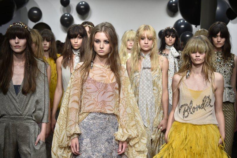 fsfwbe30.28f-fashion-week-berlin-f-s-17---dawid-tomaszewski