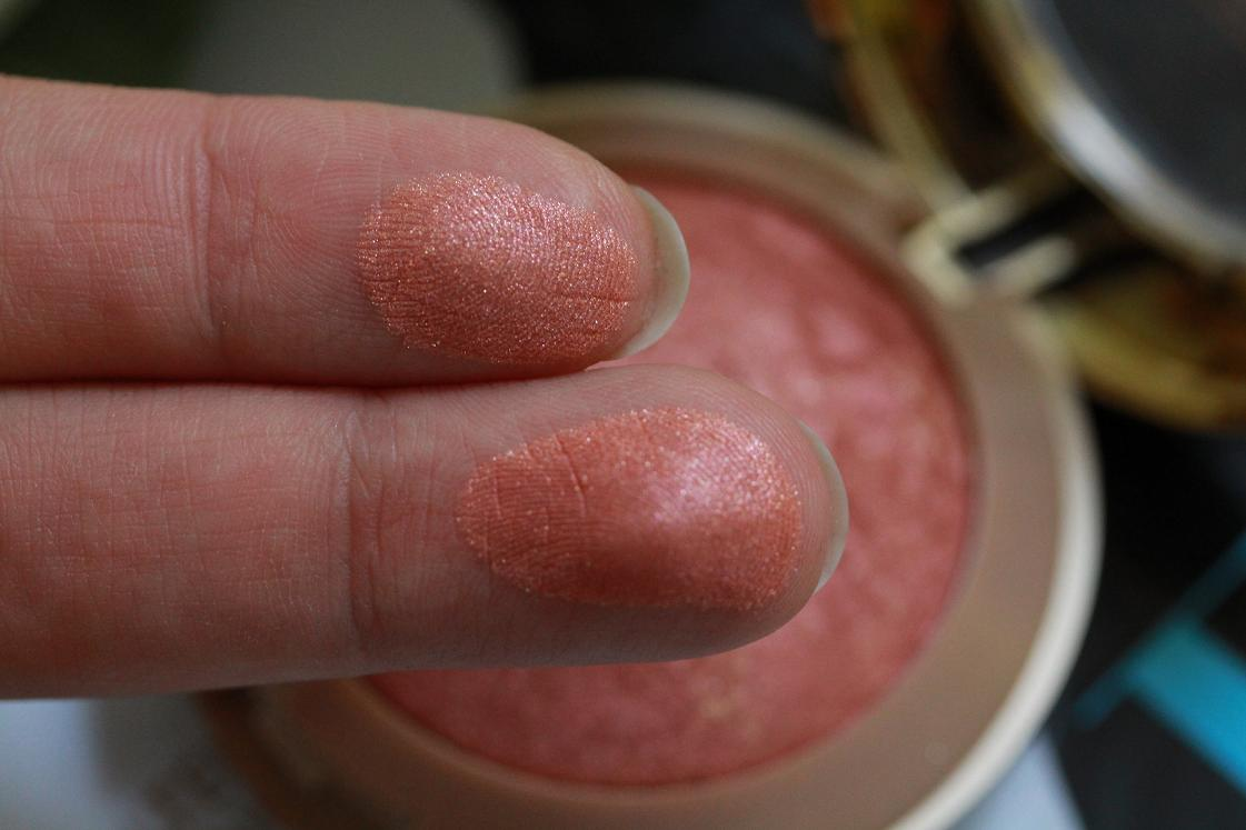 Blogparade_my fabulous5_5 Beautyfavoriten_Milani Blush_Rose D'oro_Swatch