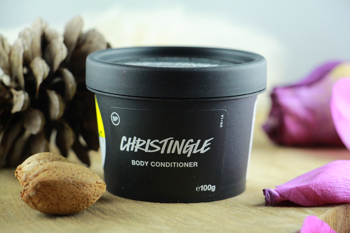 weihnachtsstimmung-in-der-badewanne_lush_2016_christingle_body_conditioner