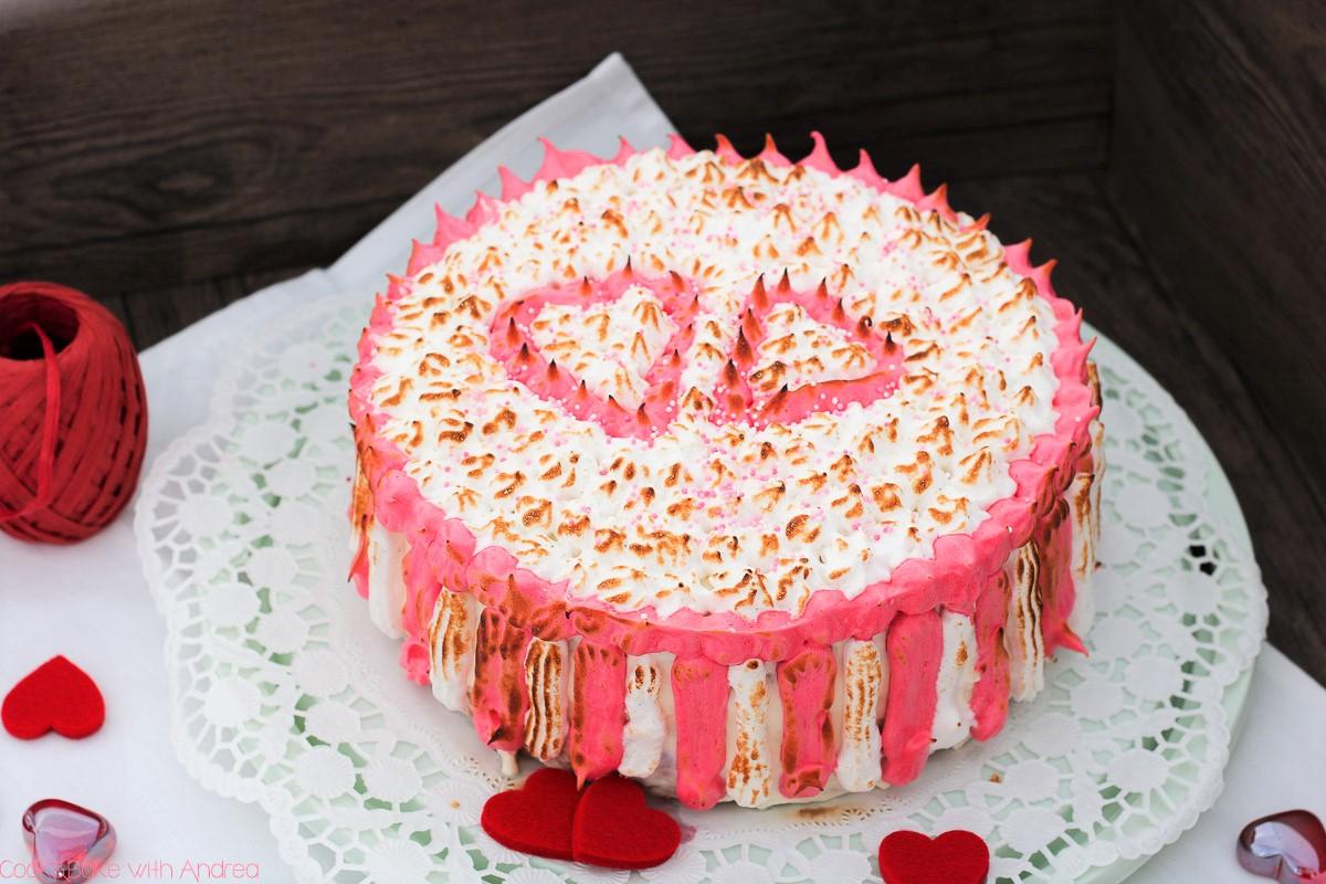 Valentinstag_Geschenkidee_Torte mit Kirschen und Baiser