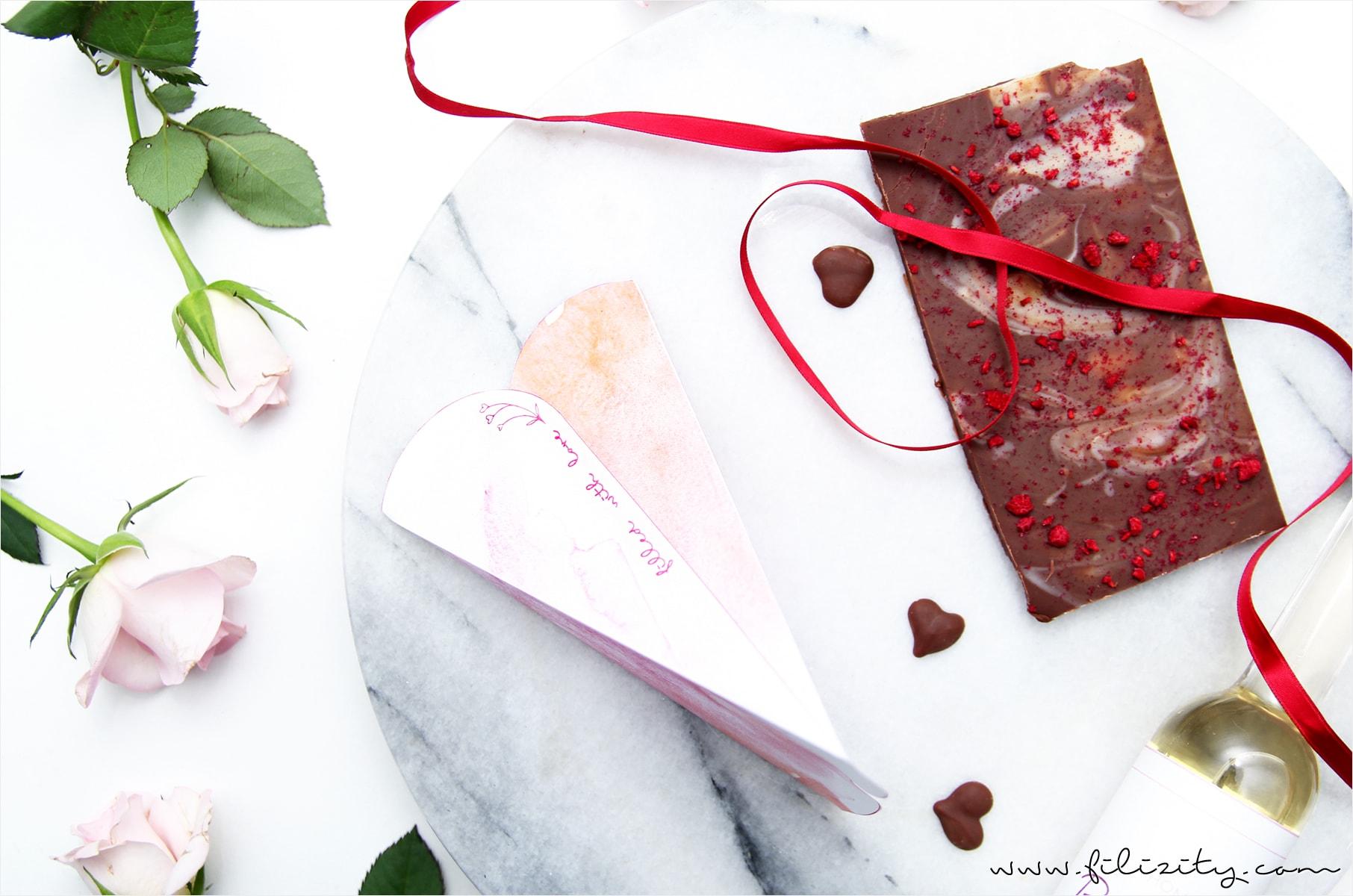 diy_geschenk-verpackung_herz-tuete_valentinstag_printable_druckvorlage1-min