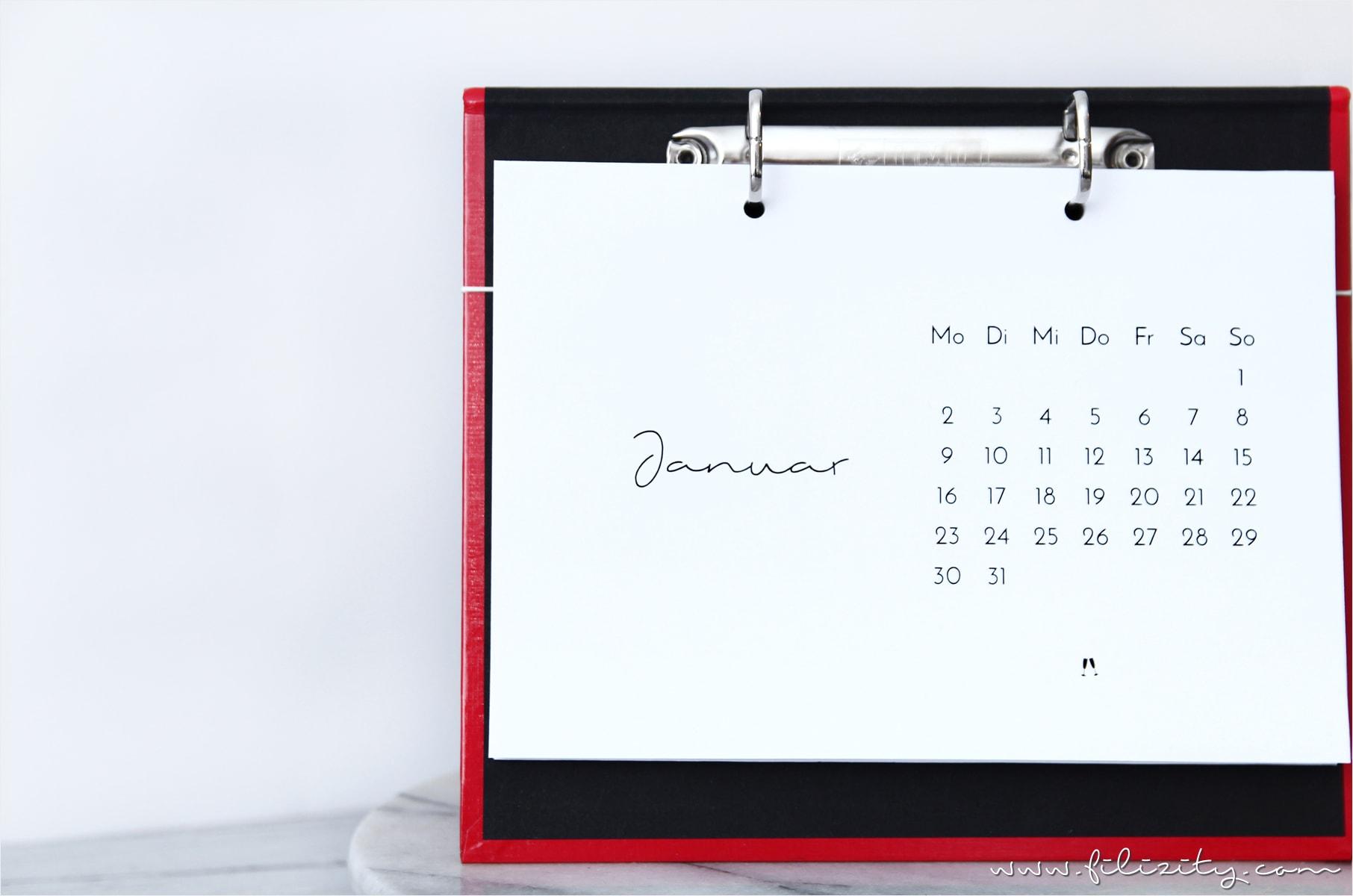 diy_tisch-kalender-2017-halter-brett_druckvorlage_printable0-min
