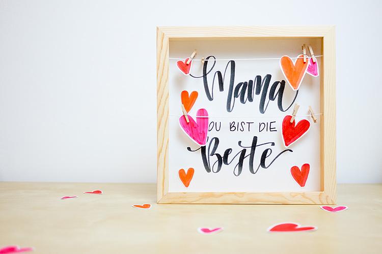 Ideen_zum_Muttertag_Das_Leben_ist_schoen_Frau_Hoelle_Blog_BrushLettering_Muttertag