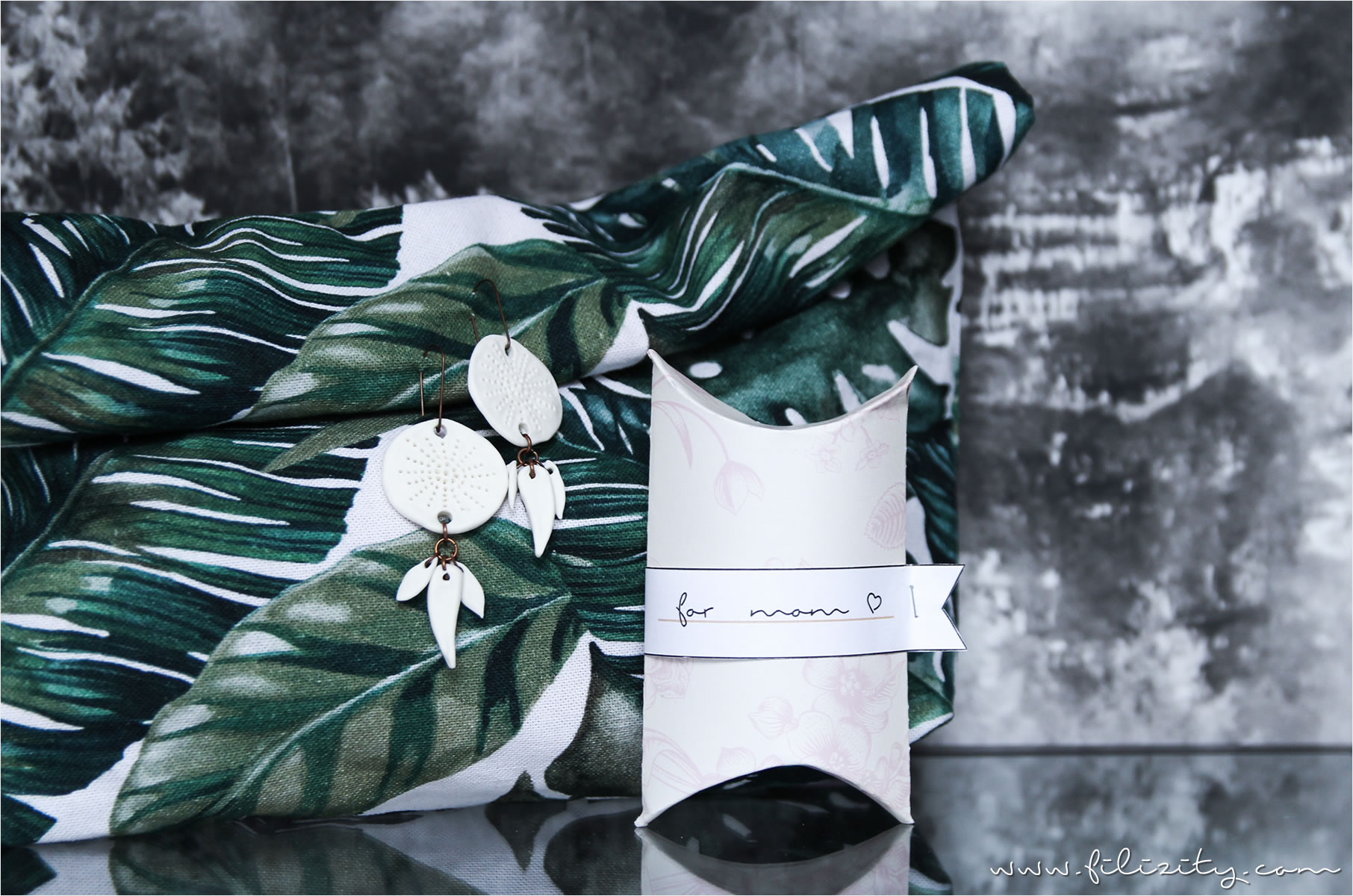 Ideen_zum_Muttertag_Das_Leben_ist_schoen_diy_geschenk-schachtel-verpackung_muttertag_pillow-box-case_anlleitung_printable