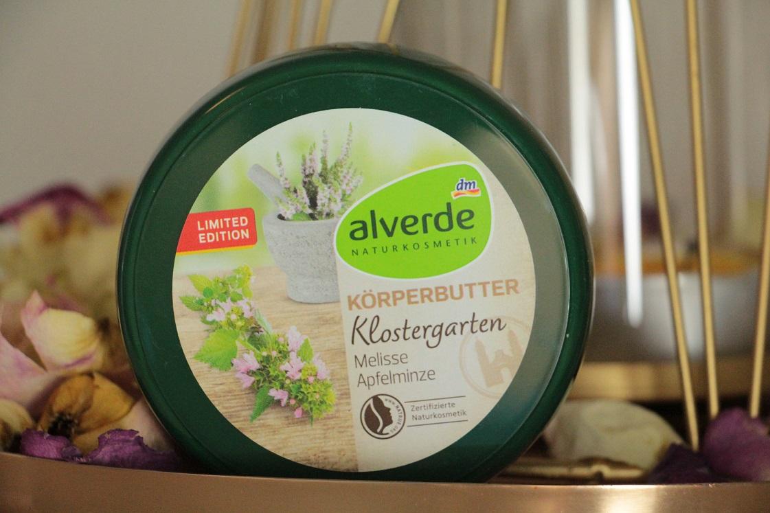Monatsfavoriten_ April_2017_ alverde_Naturkosmetik_LE_Klostergarten_Körperbutter_Das_Leben_ist_schoen