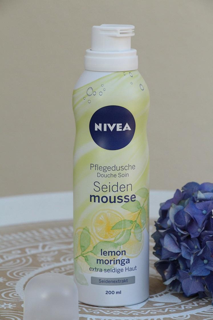 erfrischende-sommerfavoriten-NIVEA-Seiden-Mousse-Pflegedusche- lemon-moringa-das-leben-ist-schoen