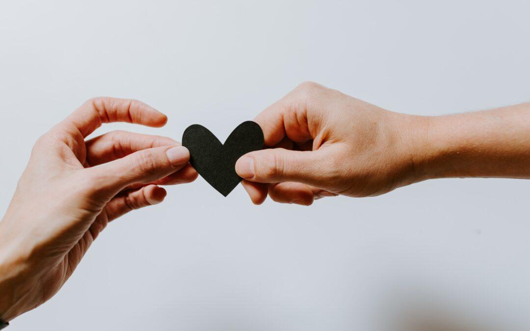 Trockene Hände | 4 Hausmittel für streichelzarte Haut